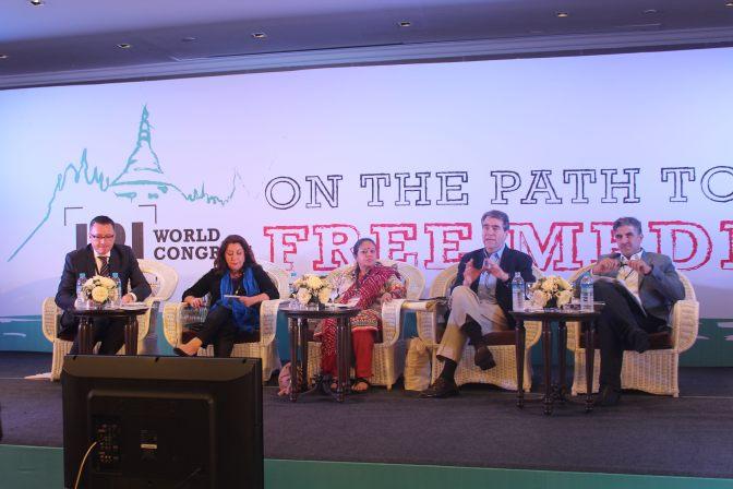 المؤتمر العالمي للمعهد الدولي للصحافة يناقش الخطر الذي يواجه الصحفيون